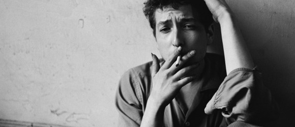 Bob-Dylan-cigarette-T1406978_18
