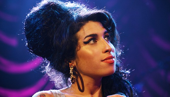 Amy Winehouse - Shepards Bush Empire - Photo By Chris Christoforou - 28.05.2007